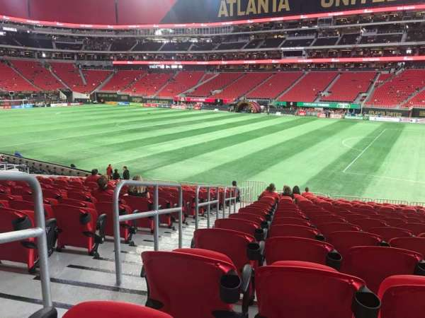 Mercedes-Benz Stadium, section: 106, row: 23, seat: 23
