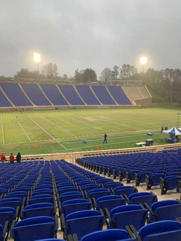 Wallace Wade Stadium, section: 24, row: V, seat: 7