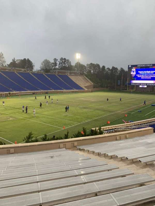 Wallace Wade Stadium, section: 21, row: Q, seat: 13