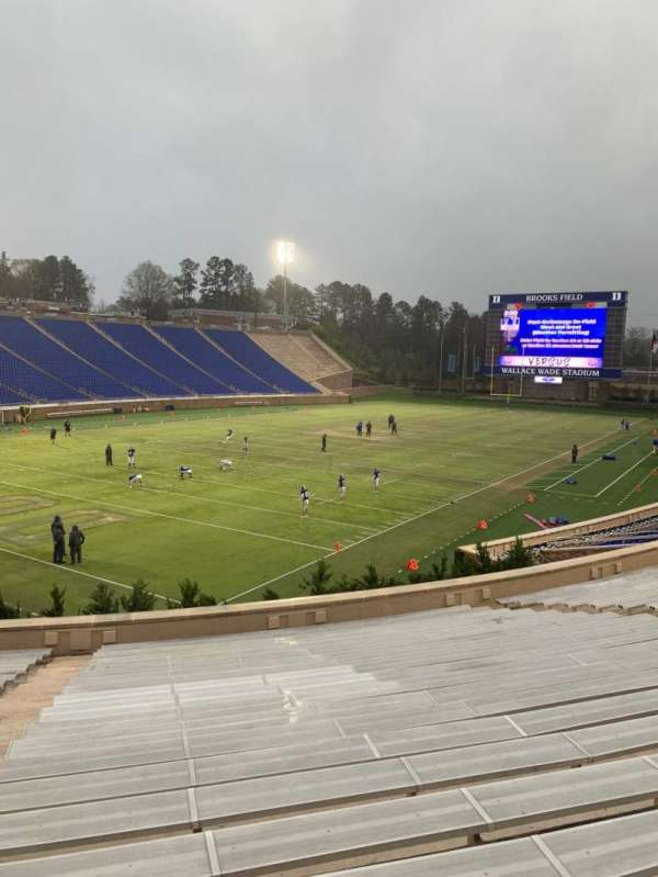 Wallace Wade Stadium, section: 20, row: U, seat: 6