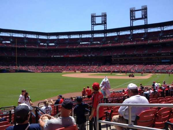Busch Stadium, section: 167, row: 7, seat: 4