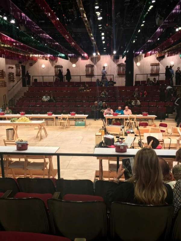 Circle in the Square Theatre, section: Orchestra 200 (Odd), row: E, seat: 219
