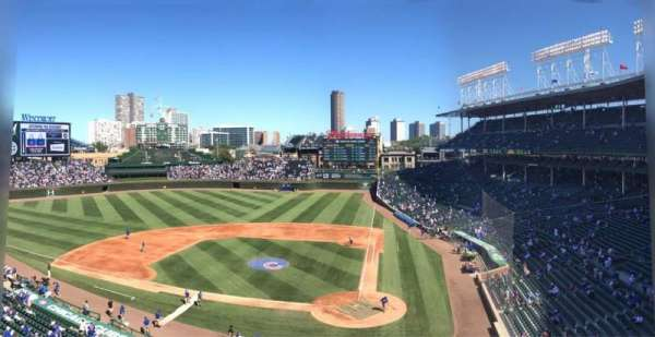 Wrigley Field, section: 313L, row: 7, seat: 12