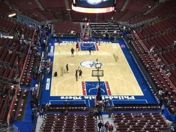 Wells Fargo Center, section: 207, row: 13, seat: 11