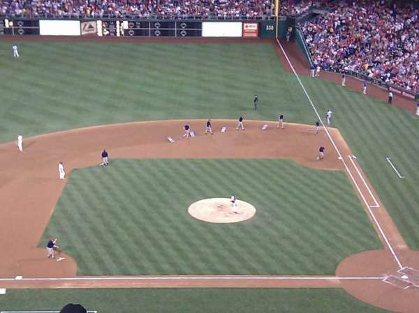 Citizens Bank Park, section: 325, row: 7, seat: 20