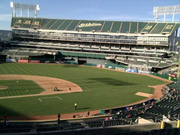 Oakland Coliseum, section: 213, row: 11, seat: 22