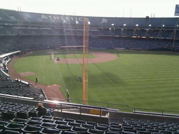 Oakland Coliseum, section: 202, row: 14, seat: 16