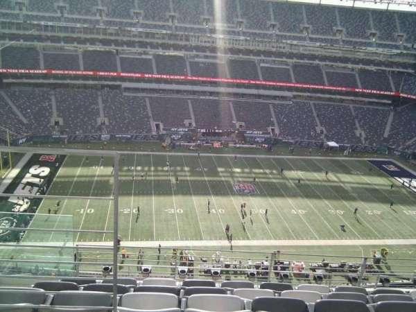 MetLife Stadium, section: 315, row: 10, seat: 18