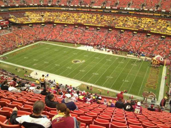 FedEx Field, section: 424, row: 25, seat: 9