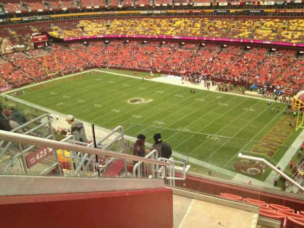 FedEx Field, section: 422, row: 8, seat: 13