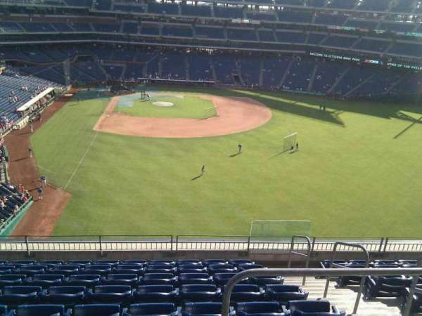 Citizens Bank Park, section: 304, row: 9, seat: 4