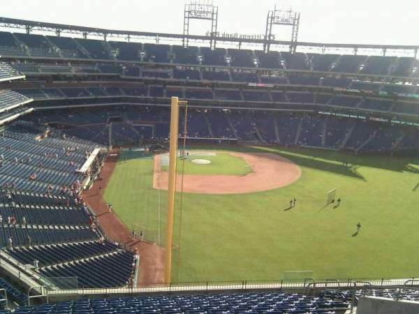 Citizens Bank Park, section: 305, row: 17, seat: 11