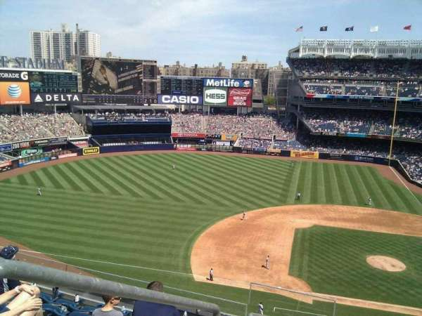 Yankee Stadium, section: 324, row: 7, seat: 20