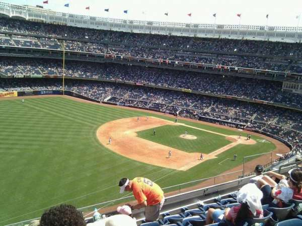 Yankee Stadium, section: 330, row: 6, seat: 13