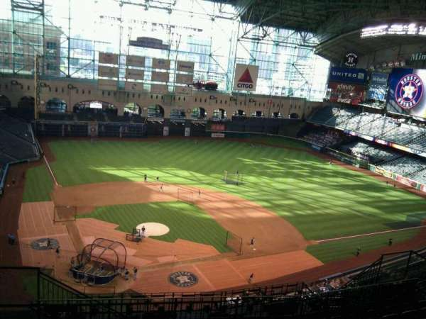 Minute Maid Park, section: 422, row: 9, seat: 4