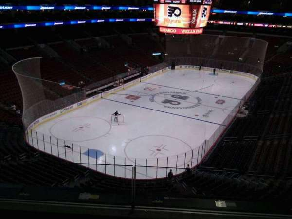 Wells Fargo Center, section: 209a, row: 3, seat: 4