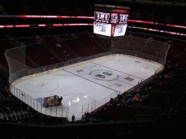 Wells Fargo Center, section: 221a, row: 10, seat: 11