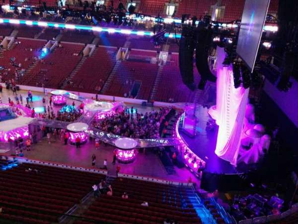 Wells Fargo Center, section: 215, row: 2, seat: 14