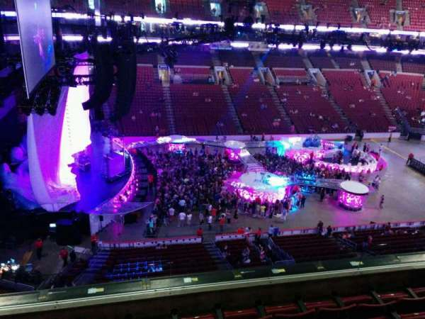 Wells Fargo Center, section: 223, row: 5, seat: 9