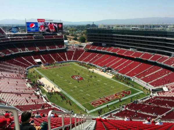 Levi's Stadium, section: 402, row: 27, seat: 26