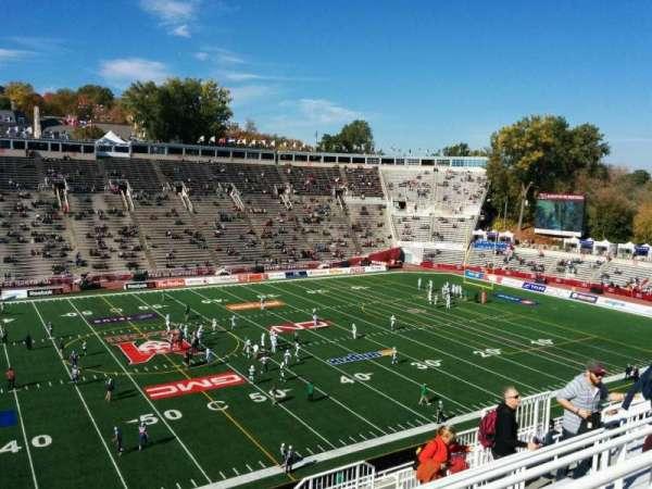 Percival Molson Memorial Stadium, section: v2, row: 14, seat: 14