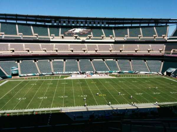 Lincoln Financial Field, section: c39, row: 18, seat: 3