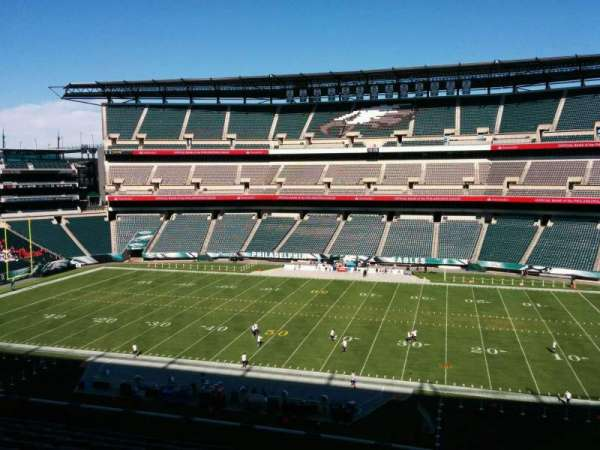 Lincoln Financial Field, section: c2, row: 15, seat: 4
