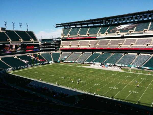 Lincoln Financial Field, section: c4, row: 17, seat: 7