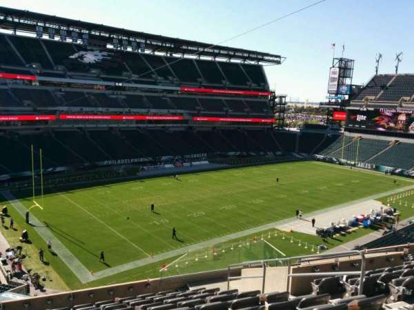 Lincoln Financial Field, section: c16, row: 17, seat: 7