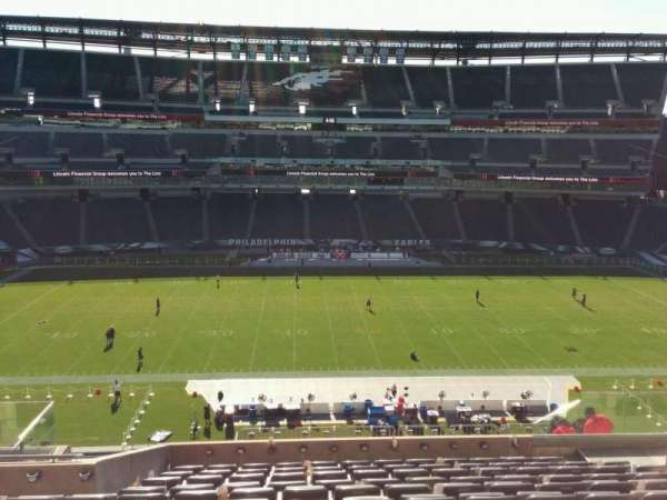 Lincoln Financial Field, section: c21, row: 17, seat: 10