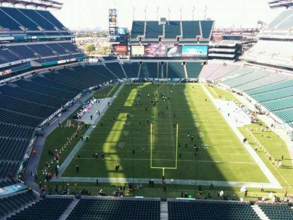 Lincoln Financial Field, section: 212, row: 5, seat: 9