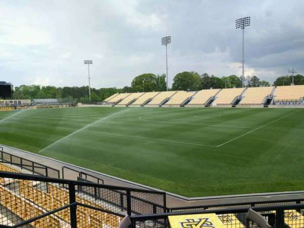 Fifth Third Bank Stadium, section: b1
