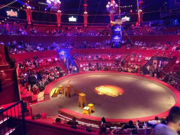 Cirque d'hiver, section: C, row: D, seat: 125