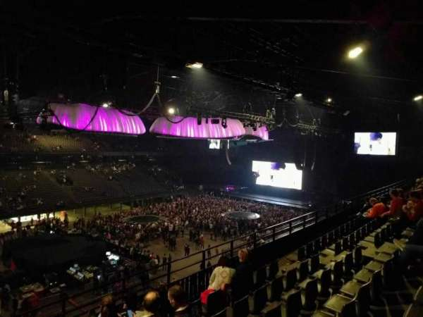 Sportpaleis, section: 220, row: 6, seat: 6
