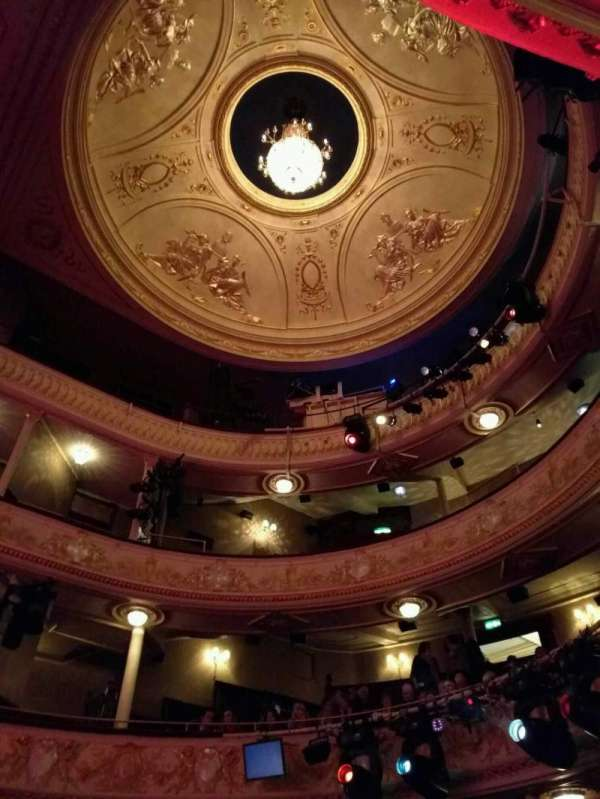 Garrick Theatre, section: looking up