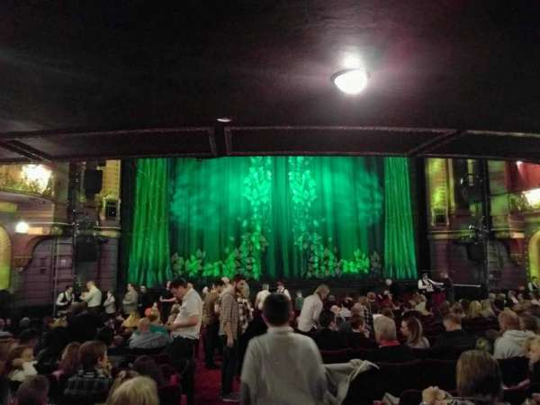 Palace Theatre (Manchester), section: stalls, row: p, seat: 31