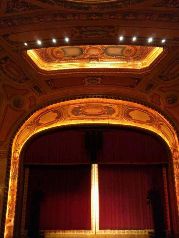 Shea's Buffalo, section: Balcony 4, row: h, seat: 206