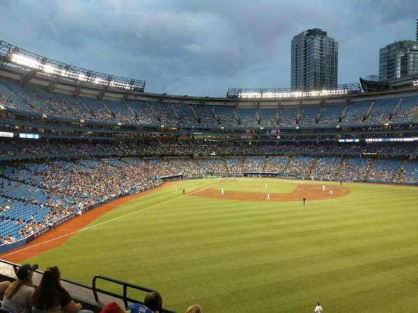 Rogers Centre, section: 206r, row: 5, seat: 5