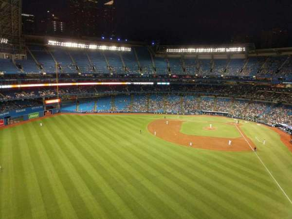 Rogers Centre, section: 541r, row: 4, seat: 6