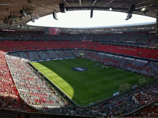 Allianz Arena, section: 335, row: 11, seat: 4