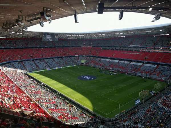 Allianz Arena, section: 334, row: 10, seat: 5