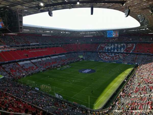 Allianz Arena, section: 320, row: 7, seat: 4