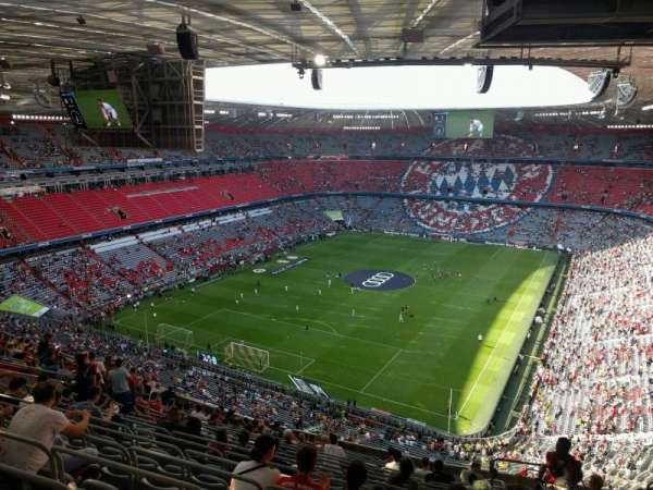 Allianz Arena, section: 319, row: 17, seat: 8
