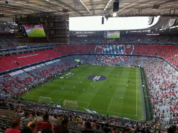 Allianz Arena, section: 318, row: 17, seat: 6
