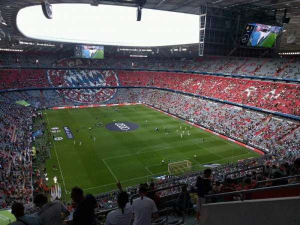 Allianz Arena, section: 313, row: 11, seat: 7