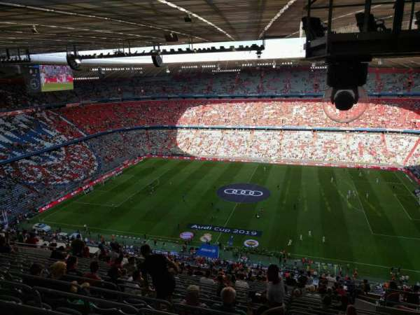 Allianz Arena, section: 305, row: 22, seat: 8