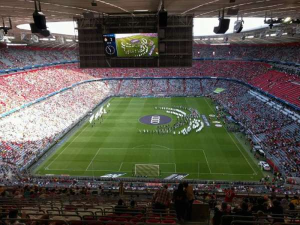 Allianz Arena, section: 340, row: 20, seat: 12