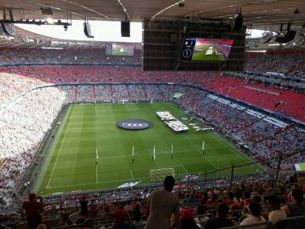 Allianz Arena, section: 338, row: 20, seat: 18