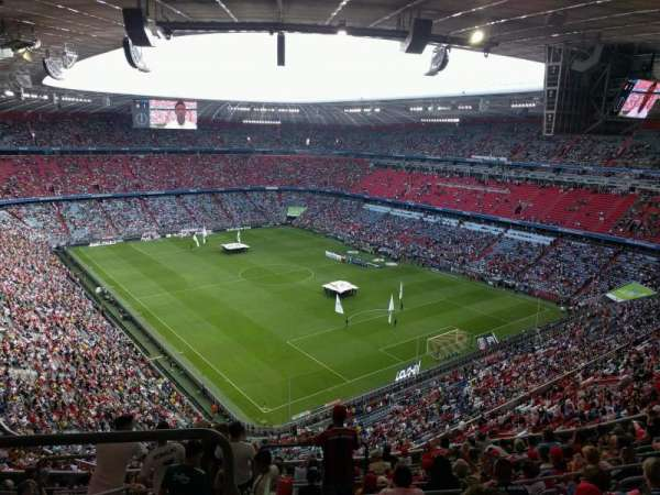Allianz Arena, section: 335, row: 13, seat: 13