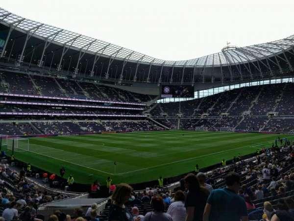Tottenham Hotspur Stadium, section: 109, row: 25, seat: 252